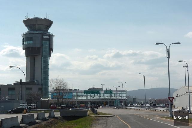 L'aéroport de Québec... (Photothèque Le Soleil, Jean-Marie Villeneuve)
