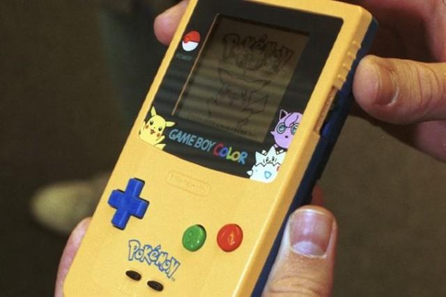 Le géant japonais Nintendo s'apprête à lancer de nouvelles consoles de jeux... (Photo Rick Maiman, Archives Bloomberg)