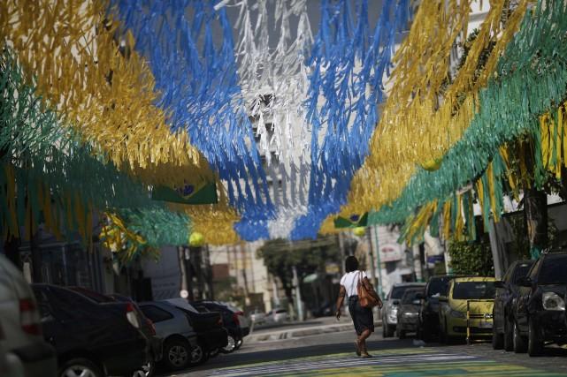 Mercredi, à 37 jours du Mondial, ce sont... (Photo RICARDO MORAES, Reuters)
