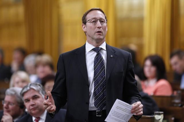 Le ministre de la Justice Peter MacKay... (Photo CHRIS WATTIE, archives Reuters)