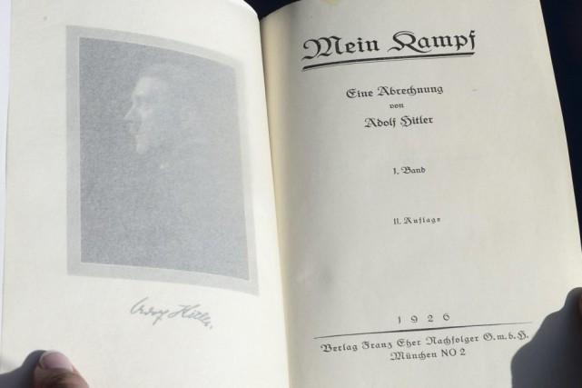 Mein Kampf... (Photo: AFP)