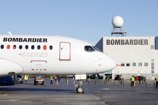 Bombardier fabrique son avion CSeries à Mirabel.... (Photo archives La Presse Canadienne)