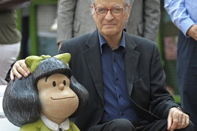 Quino a participé à l'inauguration d'une sculpture à... (Photo: archives AP)