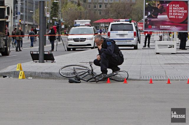 Peu après un autre accident dans lequel une... (PHOTO FÉLIX O.J. FOURNIER, COLLABORATION SPÉCIALE)