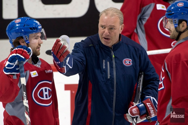 Michel Therrien a lancé un message à des... (Photo Ryan Remiorz, archives PC)