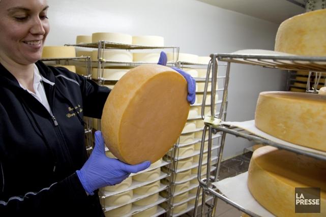 Marie-Kristine Benoit, de la fromagerie Du Champ à... (PHOTO ALAIN ROBERGE, LA PRESSE)