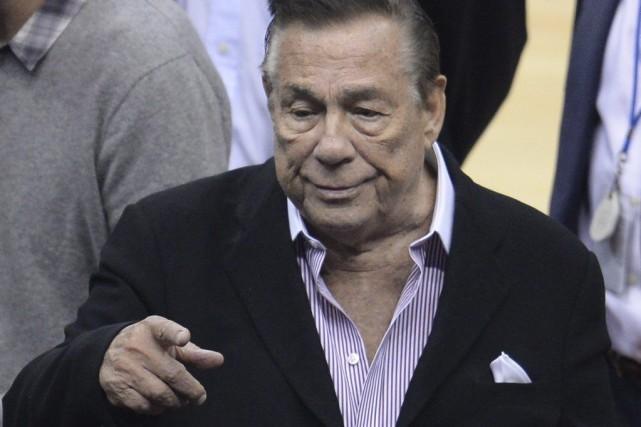 Le propriétaire des Clippers de Los Angeles a... (PHOTO ROBYN BECK, AFP)