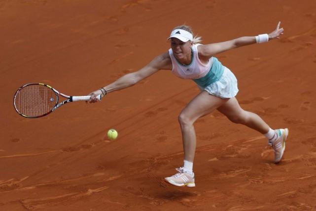Caroline Wozniacki est blessée à un genou.... (Photo Andres Kudacki, AP)