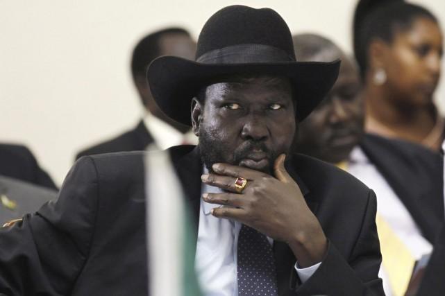 Le président Kiir (notre photo) et Riek Machar,... (PHOTO THOMAS MUKOYA, AFP)