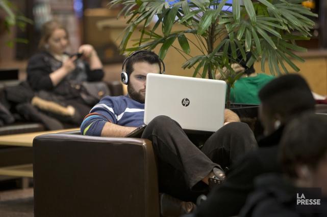 Q«Quel est le taux de placement et quelles sont les conditions de travail après... (Photo Robert Skinner, Archives La Presse)