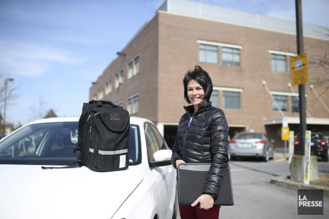 Infirmière clinicienne en soutien à domicile, Mélanie Gagnon... (Photo Martin Chamberland, La Presse)