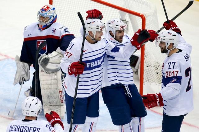 La France a remporté une victoire de 5-3... (Photo Vasily Fedosenko, Reuters)