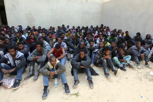 En outre, 340 migrants irréguliers, des Soudanais et... (Photo AFP)