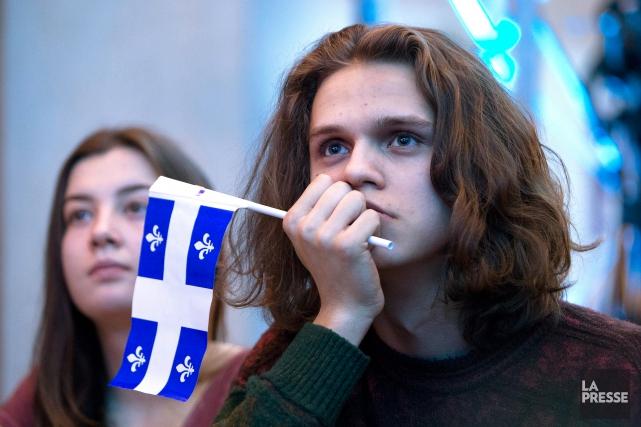 Les jeunes ont délaissé la souveraineté et le... (Photo Robert Skinner, archives La Presse)
