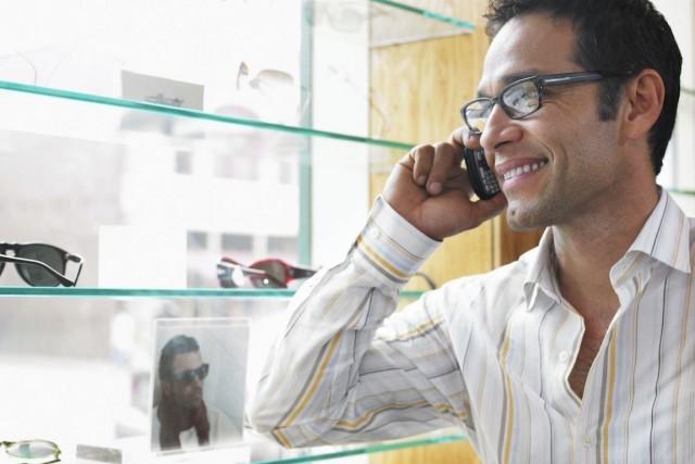 Les utilisateurs intenses de téléphone présentent un risque... (Photo Thinkstock)