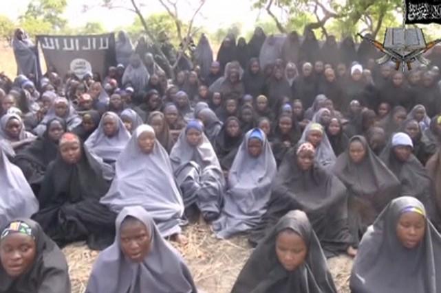 «Toutes les filles de cette vidéo ont été... (IMAGE REUTERS/BOKO HARAM)