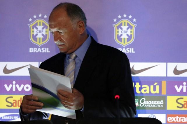 Luiz Felipe Scolari... (Photo: Reuters)