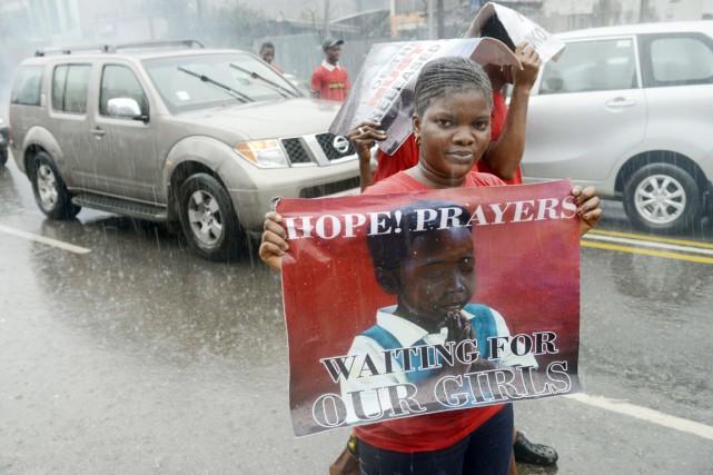 À Lagos, une nouvelle manifestation en faveur des... (PHOTO PIUS UTOMI EKPEI, AFP)