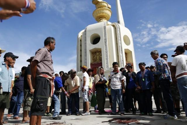 C'est sur cette place, au coeur de Bangkok,... (Photo DAMIR SAGOL, Reuters)