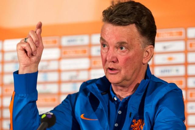 Louis van Gaal pourrait être nommé entraîneur de... (Photo Michael Kooren, Reuters)