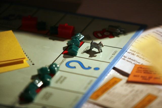 Contrairement au populaire jeu Monopoly, les inégalités font... (Photo Michael Nagle, archives Bloomberg)