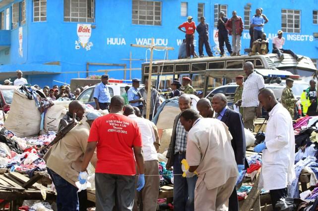 Les explosions ont eu lieu à l'entrée du... (PHOTO NOOR KHAMIS, REUTERS)