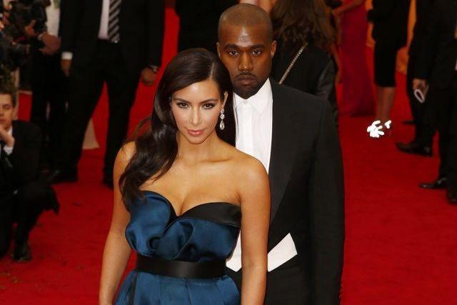 Kim Kardashian et Kanye West lors d'un gala... (Photo: archives Reuters)