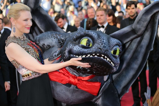 Cate Blanchett sur le tapis rouge de How... (Photo: AFP)