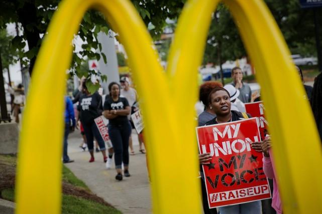 Les manifestations de travailleurs de la restauration rapide,... (Photo David Goldman, AP)