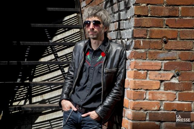 Éric Goulet, auteur-compositeur-interprète et réalisateur et grand amoureux... (PHOTO ALAIN ROBERGE, LA PRESSE)