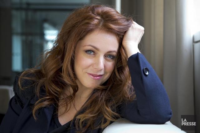 Isabelle Boulay reprend les chansons de Serge Reggiani... (PHOTO ALAIN ROBERGE, LA PRESSE)