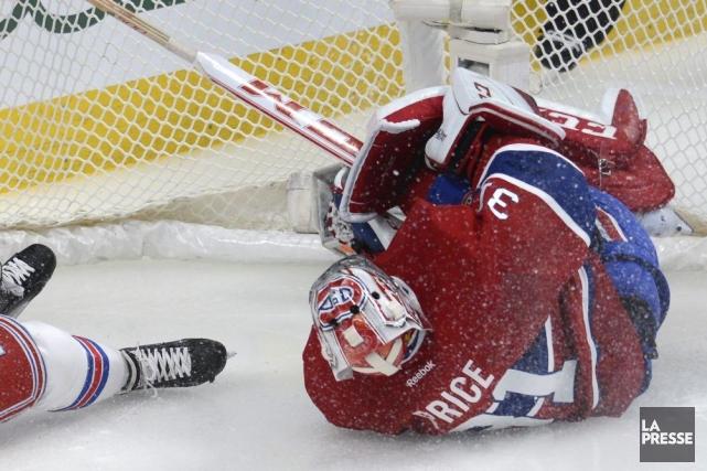L'attaquant des Rangers Chris Kreider est entré violemment... (Photo Bernard Brault, La Presse)