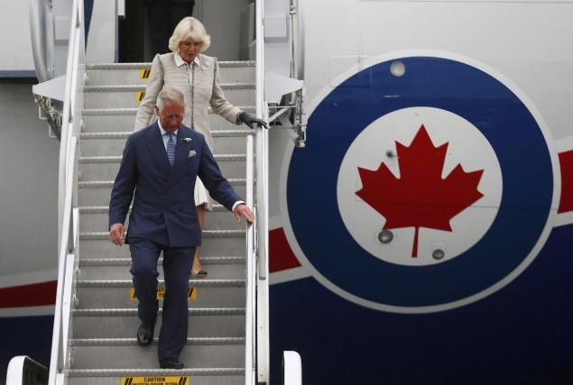 Le prince de Galles et la duchesse de Cornouailles ont fait l'objet d'un... (Photo MARK BLINCH, Reuters)