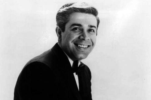 Jerry Vale... (Photo wikimedia)