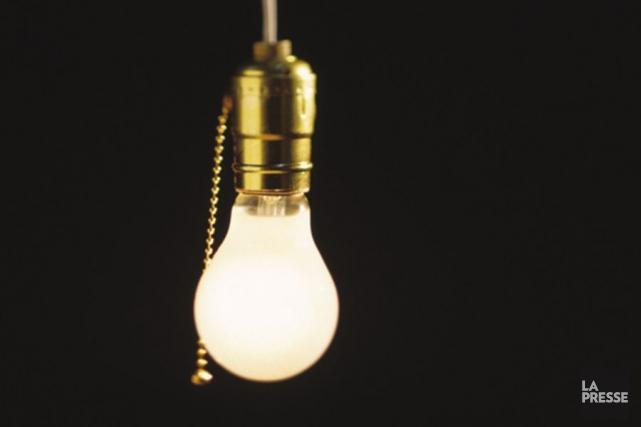 1890 - Début de l'éclairage électrique à Trois-Rivières. (Photothèque La Presse)