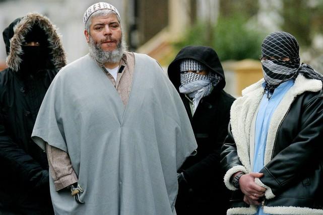 Abou Hamzaétait accusé de complot et prise d'otages,... (Photo Matt Dunham, archives Reuters)