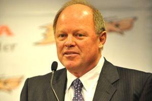 Le directeur général des Ducks d'Anaheim, Bob Murray.... (Photo d'archives)