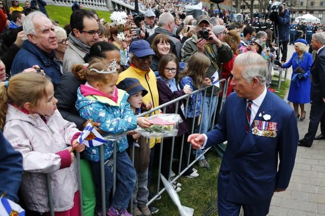 Le prince Charles et sa femme Camilla.... (Photo MARK BLINCH, Reuters)