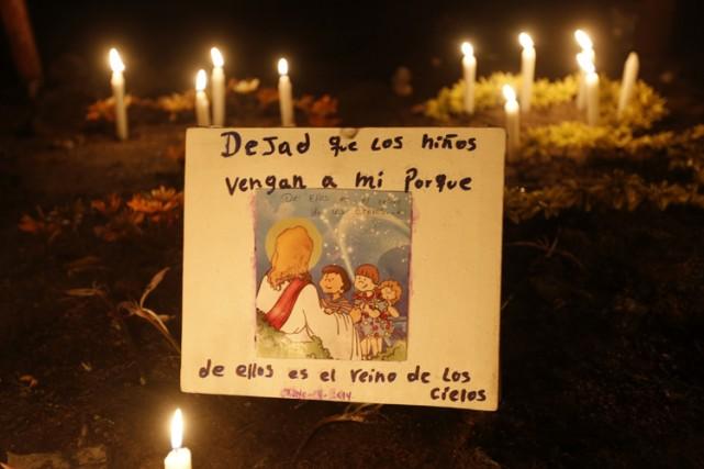 La Colombie était en deuil et en colère lundi, après la mort de 33 enfants... (Photo: Reuters)