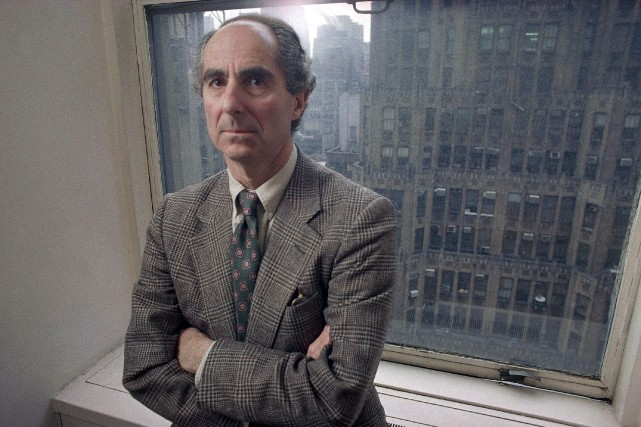 Philip Roth avait sidéré le monde de la... (Photo Joe Tabbacca, AP)