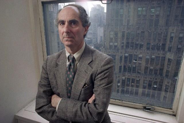 Philip Roth avait sidéré le monde de la... (Photo Joe Tabbacca, AP)