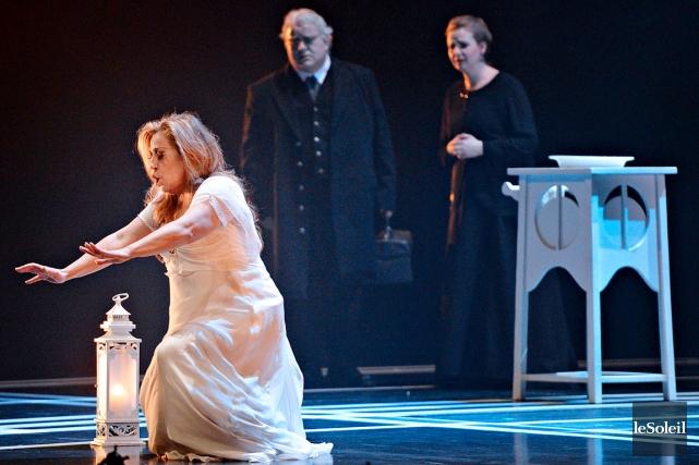 L'investissement de la soprano Lyne Fortin dans Une... (Photo Le Soleil, Pascal Ratthé)