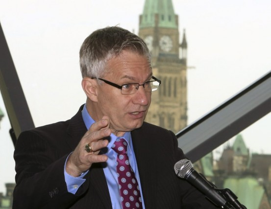 Ed Fast, ministre du Commerce international.... (PHOTO FRED CHARTRAND, LA PRESSE CANADIENNE)