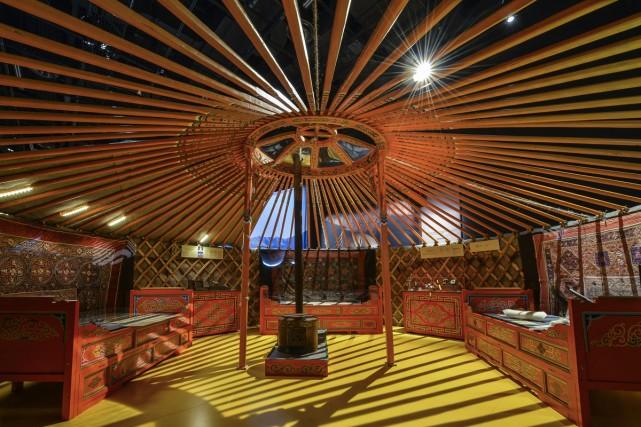 L'expo présente une yourte grandeur nature que l'on... (Photo: Caroline Bergeron, fournie par le Musée Pointe-à-Callière)