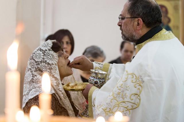Dans une lettre envoyée au Saint-Père, les habitants... (PHOTO JACK GUEZ, ARCHIVES AFP)