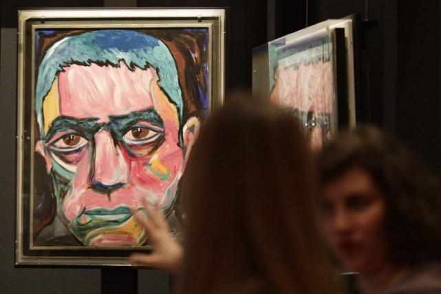 Un portrait de l'auteur japonais Yukio Mishima peint... (Photo: Reuters)