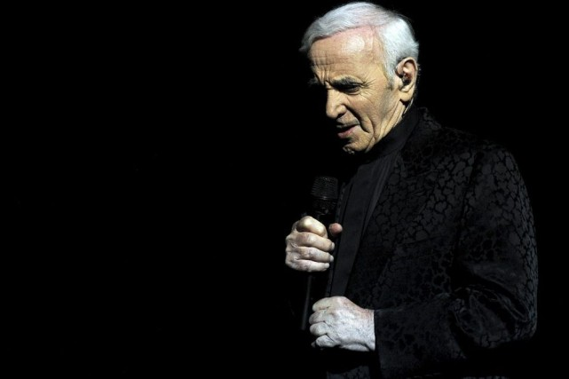 Charles Aznavour en spectacle le 12 mai dernier.... (Photo: archives AFP)