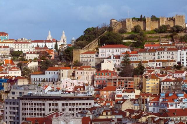 En 2013, les touristes étrangers ont dépensé plus... (Photo shutterstock.com)