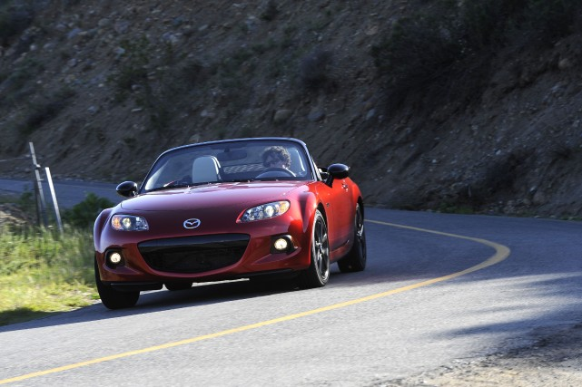 La Mazda MX-5 édition 25e anniversaire... (Photo fournie par Mazda)