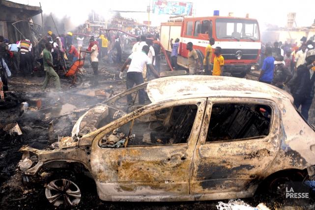 Les attentats à la bombe sont devenus fréquents... (PHOTO ARCHIVES AFP)